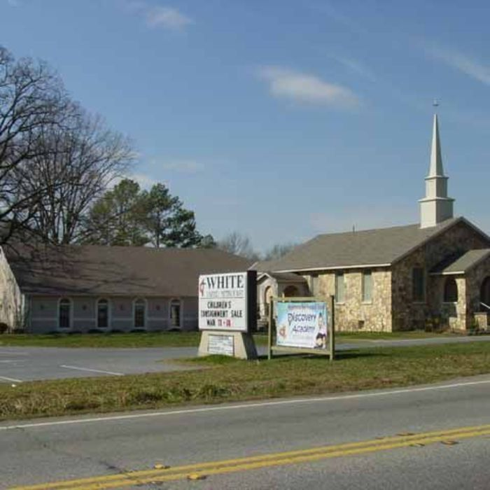 Churches Near The Food City In Sevierville