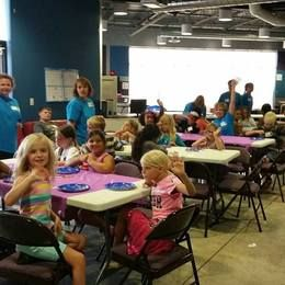 2016 VBS crafting class