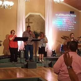 Sunday service at New Life at Lake Seminole Church of God